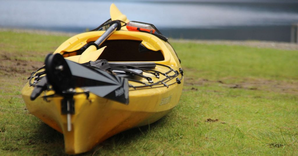 kayak near the shore