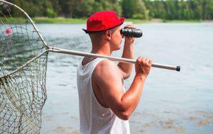 man wearing a fishing hat