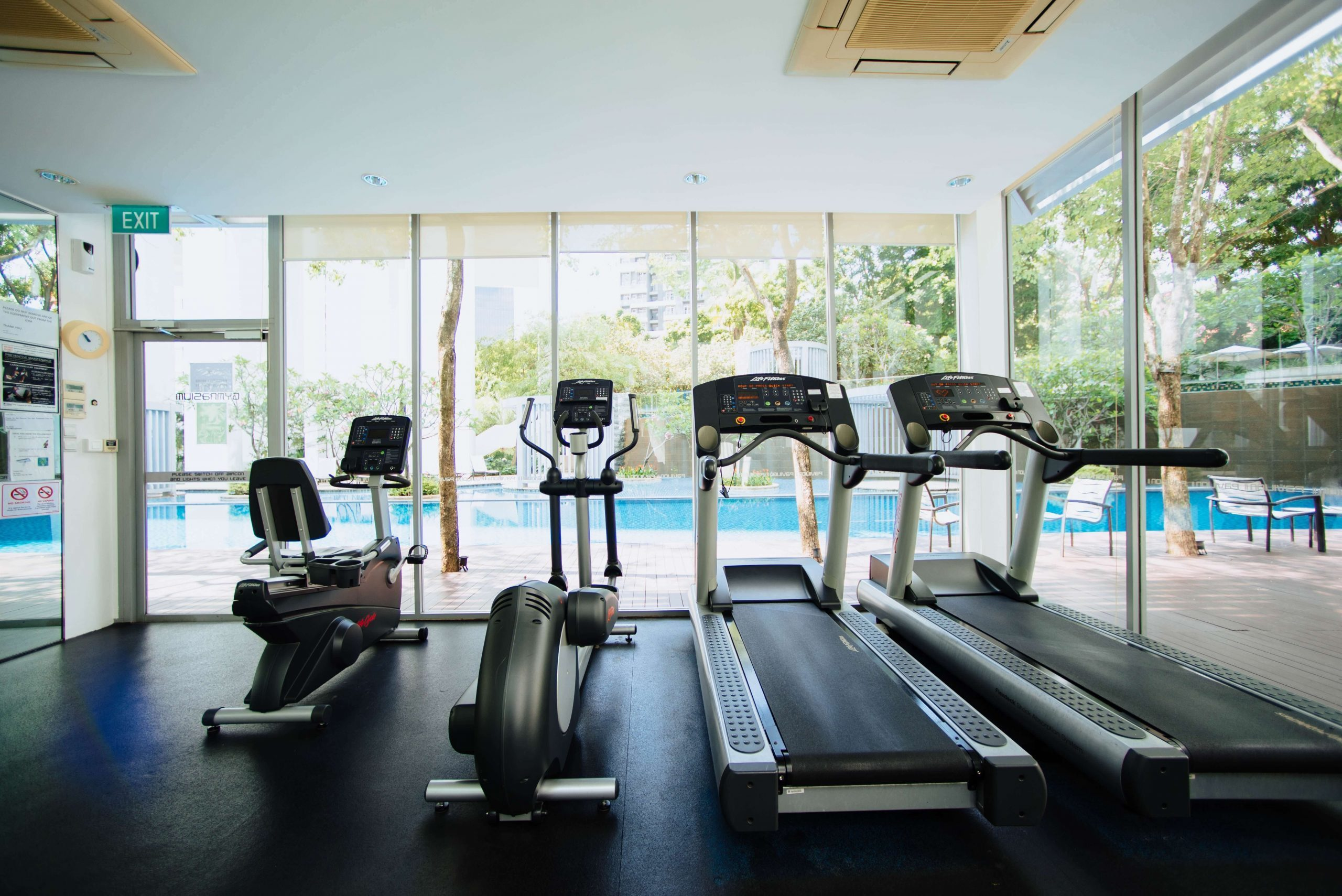 A gym with treadmills