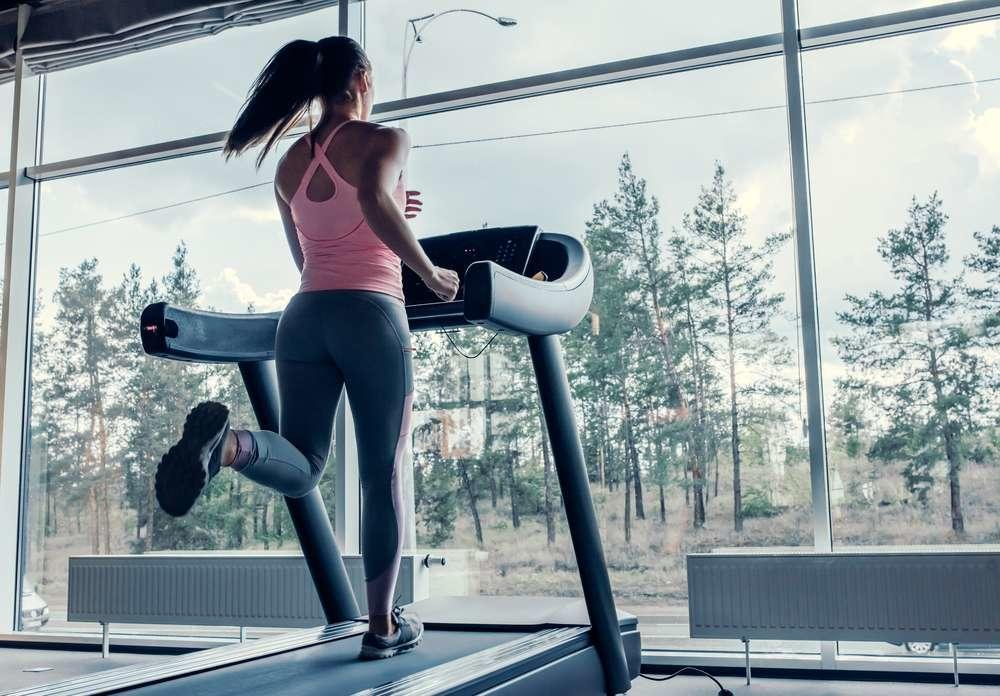 Stationary-Bike-Vs.-Treadmill-1